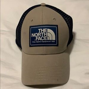 Brand new the north face mesh hat